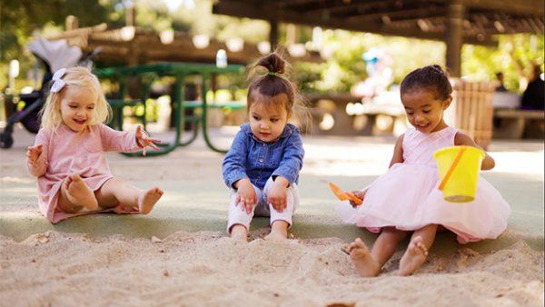 deca-u-uzrastu-od-2-do-3-godine